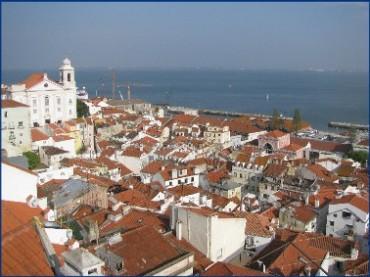 lisbon-rooftops